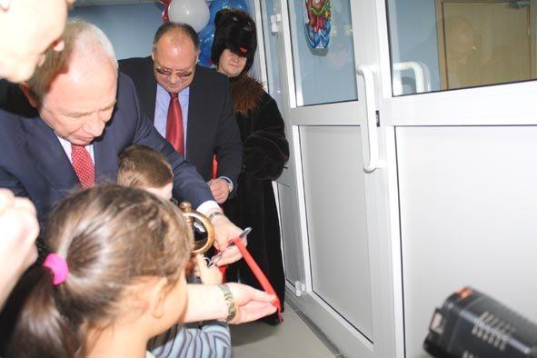 Дедушку Мороза пригласили на открытие нового детского сада в Домодедово (фото) - фото 4