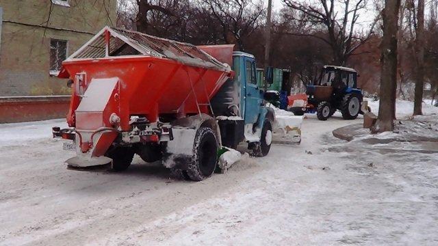 Працівники ДАІ Кіровоградщини завжди готові надати допомогу у складній ситуації на дорозі (фото) - фото 1