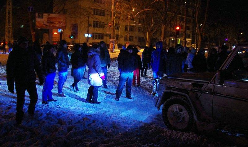 Возмущенные одесситы перекрыли улицу (ФОТО) (фото) - фото 1