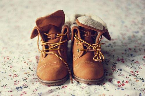 Модная замшевая обувь – как сохранить безупречный внешний вид