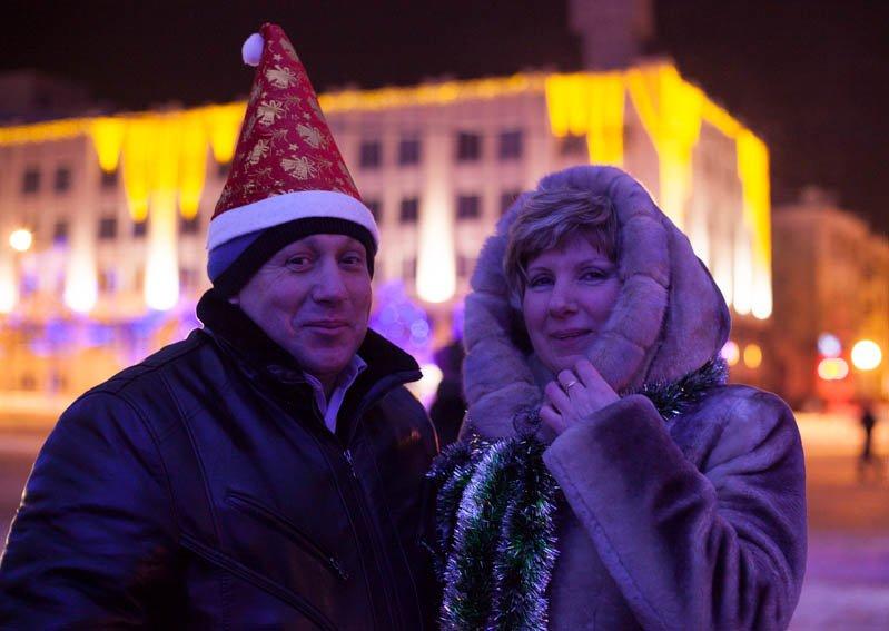 Сотни белгородцев провели новогоднюю ночь на главной площади города, фото-2