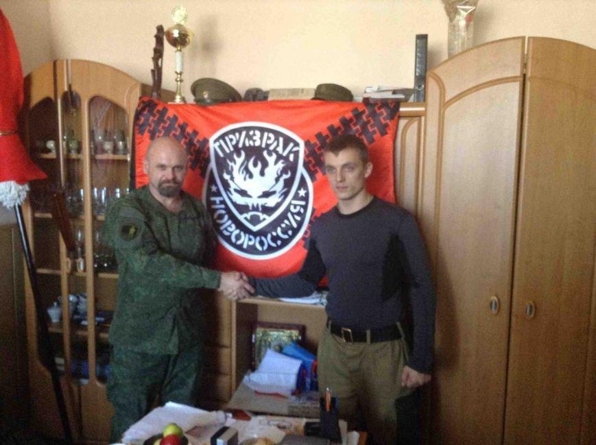 МЧСник из России отправился  «в отпуск» на Донбасс убивать людей (ФОТО) (фото) - фото 3