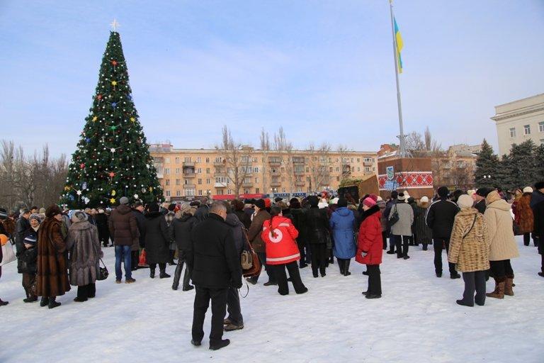 Сегодня в Херсоне открылся рождественский вертеп (фото) - фото 2