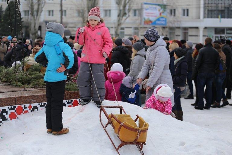 Сегодня в Херсоне открылся рождественский вертеп (фото) - фото 4