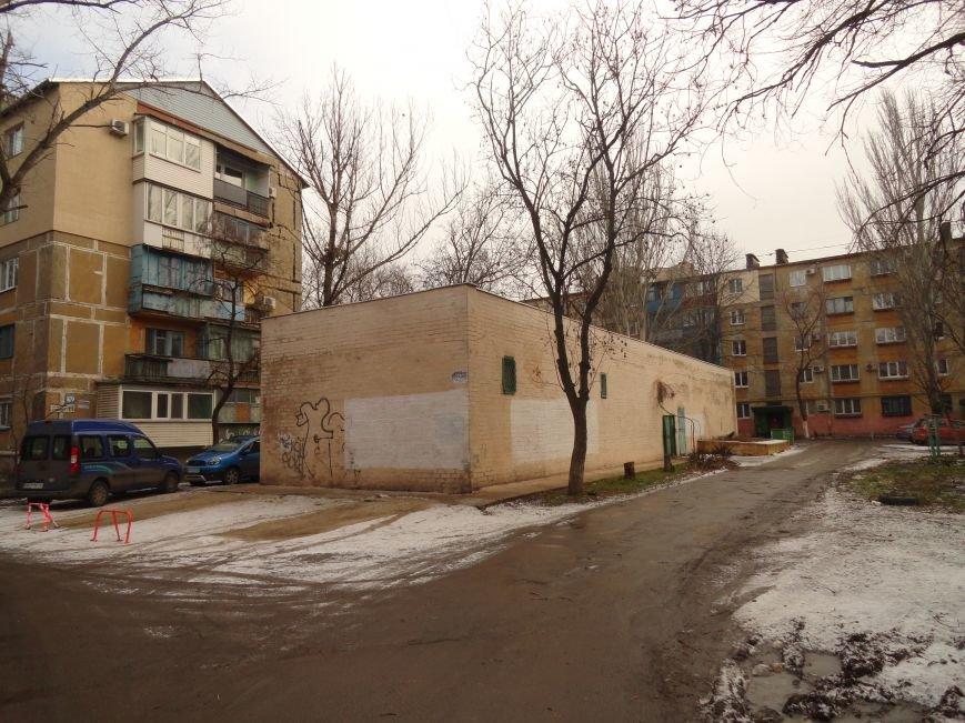 Бездомные и вандалы снова «раздели» Теплосеть (ФОТОФАКТ) (фото) - фото 1