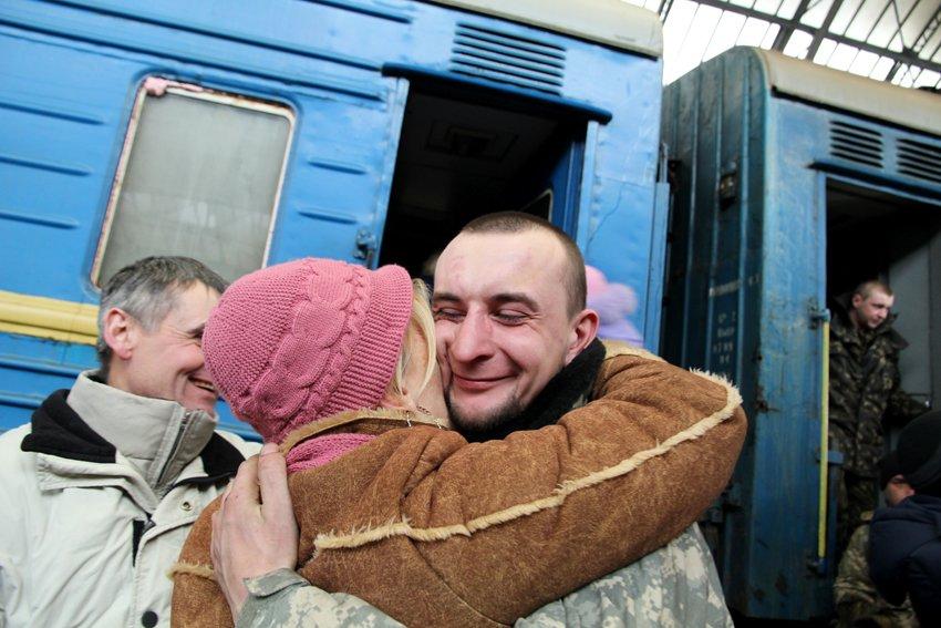 Сьогодні до Львова приїхали 350 Героїв АТО (ФОТОРЕПОРТАЖ) (фото) - фото 10