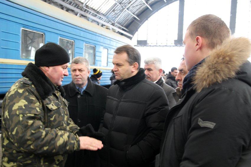 Сьогодні до Львова приїхали 350 Героїв АТО (ФОТОРЕПОРТАЖ) (фото) - фото 5