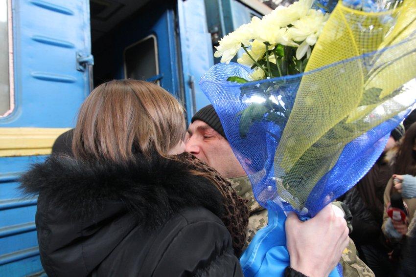 Сьогодні до Львова приїхали 350 Героїв АТО (ФОТОРЕПОРТАЖ) (фото) - фото 9