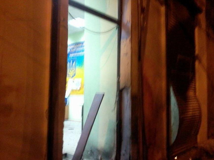 Очередной теракт в Одессе: взорвали вход в Координационный центр Евромайдана (ФОТО), фото-6