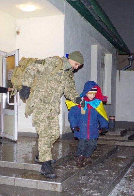 Николаевские десантники вернулись из зоны АТО (ФОТО) (фото) - фото 2