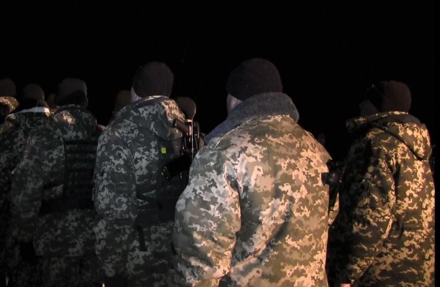 Тернопільські бійці Нацгвардії поїхали в зону АТО (ФОТОРЕПОРТАЖ) (фото) - фото 4