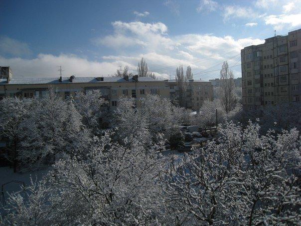 Симферопольцы в соцсетях делятся живописными снимками заснеженного города (ФОТО) (фото) - фото 7