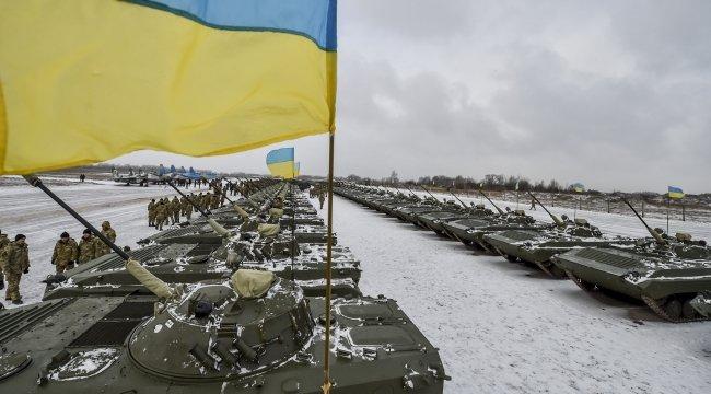 Порошенко передал украинским военным 150 единиц новой военной техники (ФОТО) (фото) - фото 4