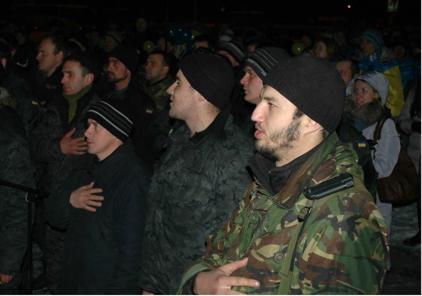 ФОТОРЕПОРТАЖ: В Запорожье встретили бойцов Нацгвардии с блокпостов в зоне АТО, фото-12