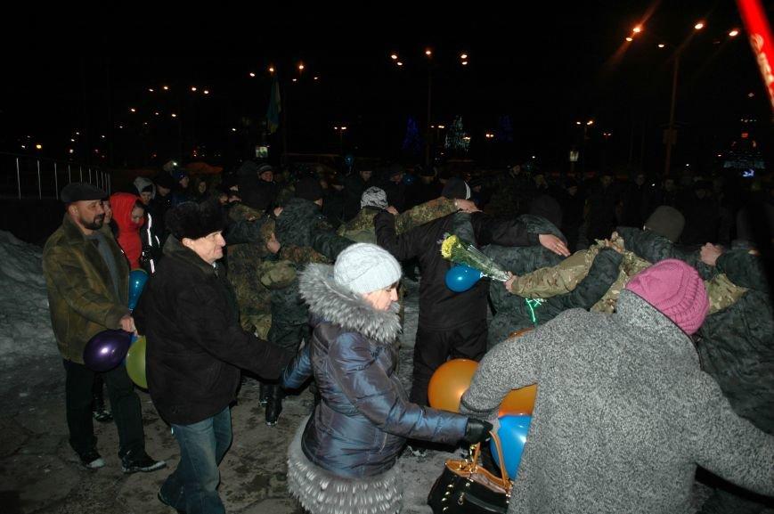 ФОТОРЕПОРТАЖ: В Запорожье встретили бойцов Нацгвардии с блокпостов в зоне АТО, фото-15