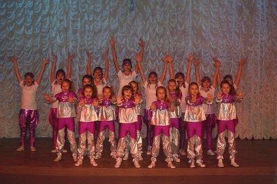 В Макеевке состоялся праздничный концерт для детей-инвалидов (фото) - фото 1