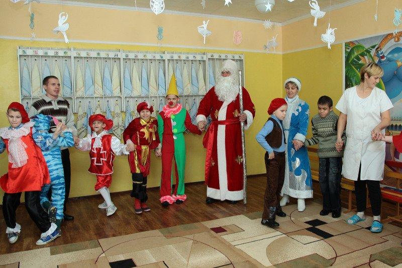 Воспитанники еще одного интерната получили ответ на письмо Деду Морозу (фото) - фото 2