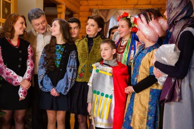 Президент Петр Порошенко поздравил украинцев с Рождеством (ФОТО) (фото) - фото 1