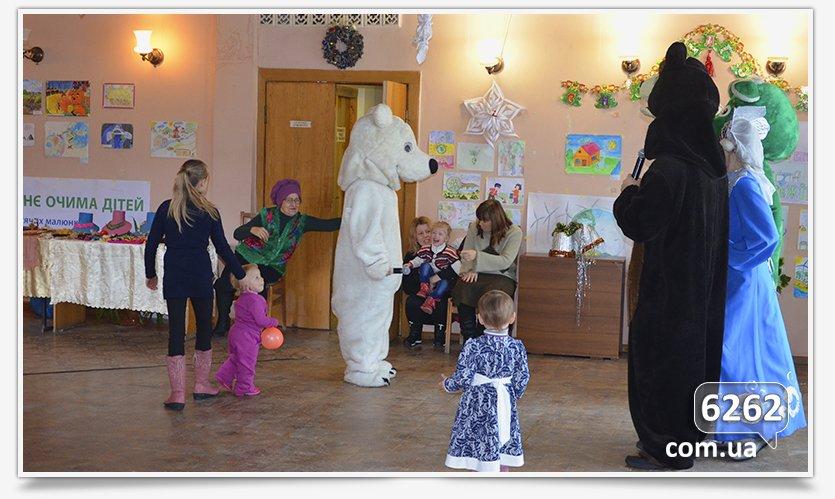 В Славянске устроили праздник для самых маленьких переселенцев. (фото) - фото 4