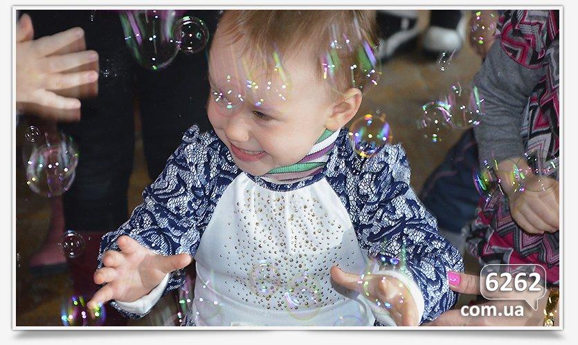 В Славянске устроили праздник для самых маленьких переселенцев. (фото) - фото 7