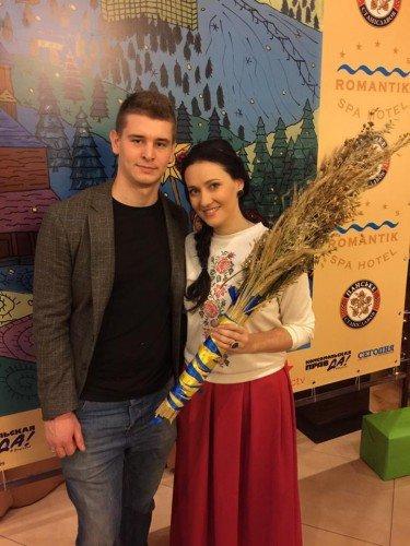 Українські зірки змайстрували дідуха та приготували кутю (ФОТО) (фото) - фото 7