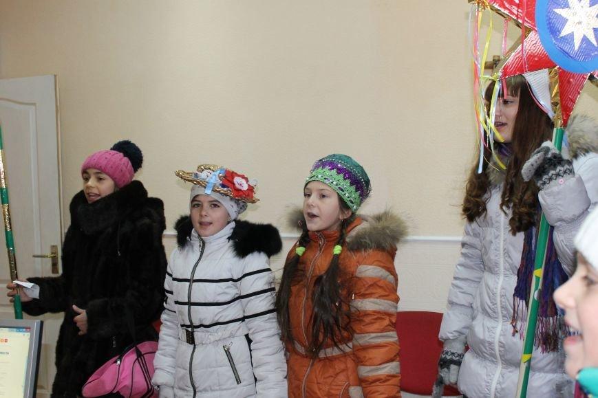 Юные колядники поздравили сайт 06239 с Рождеством (фото) - фото 1