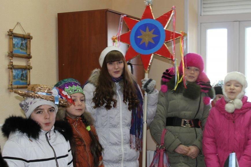 Юные колядники поздравили сайт 06239 с Рождеством (фото) - фото 4