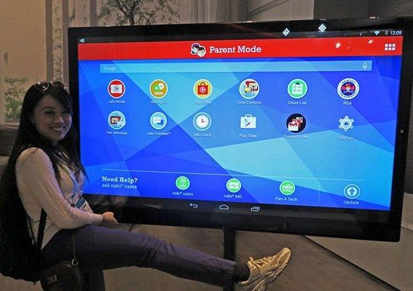 Американцы привезли на CES 2015 «планшет» с диагональю 65 дюймов (фото) - фото 1