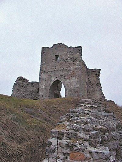 По Підгорецькому замку бродить Біла Леді, а в Кременецькому ридають вбиті діви (фото) - фото 2