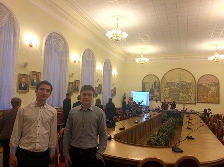 Представники Чернівецького національного університету запитали Першого заступника Міністра освіти про скасування стипендій (фото) - фото 1