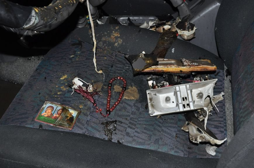 В Запорожье сожгли машину местной Самообороны (ФОТО), фото-3
