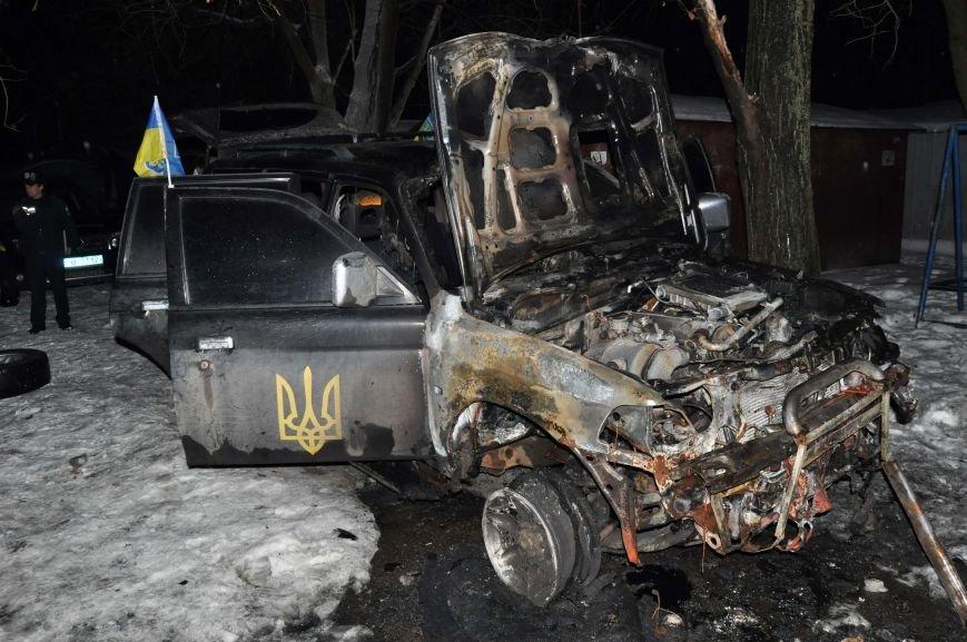 В Запорожье сожгли машину местной Самообороны (ФОТО), фото-5