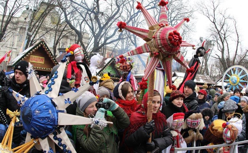 Різдвяний ярмарок відвідали 10 тисяч львів'ян та гостей міста (ФОТОРЕПОРТАЖ) (фото) - фото 5