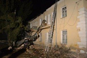На Львівщині негода залишила без даху над головою три сім'ї (ФОТО) (фото) - фото 2