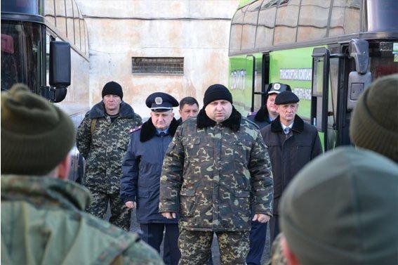 Замінити своїх колег на фронті вирушили ще 63 бійця зі Львова (ФОТО) (фото) - фото 1