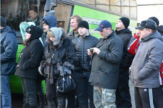 Замінити своїх колег на фронті вирушили ще 63 бійця зі Львова (ФОТО) (фото) - фото 9