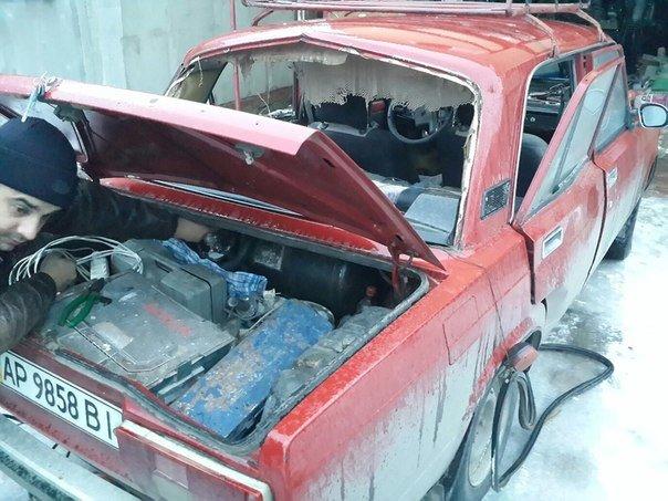 В Мелитополе взорвался автомобиль с газовым баллоном (ФОТО, ОБНОВЛЕНО) (фото) - фото 1