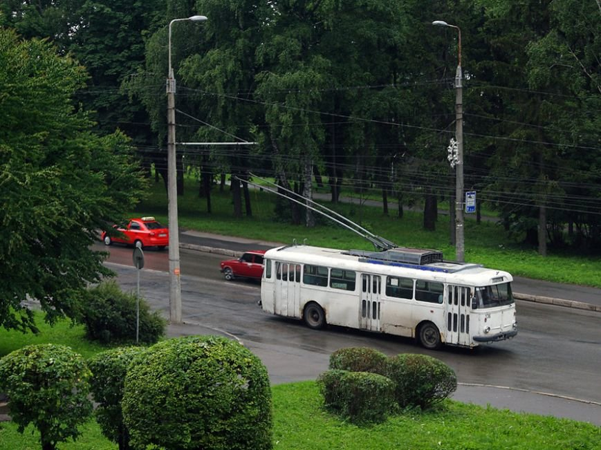 10 - тролейбус шкода