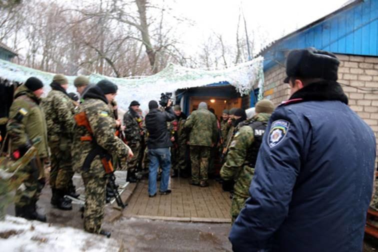 Найкращі львівські міліціонери, які повернулись з АТО, отримали годинники (ФОТОРЕПОРТАЖ) (фото) - фото 8