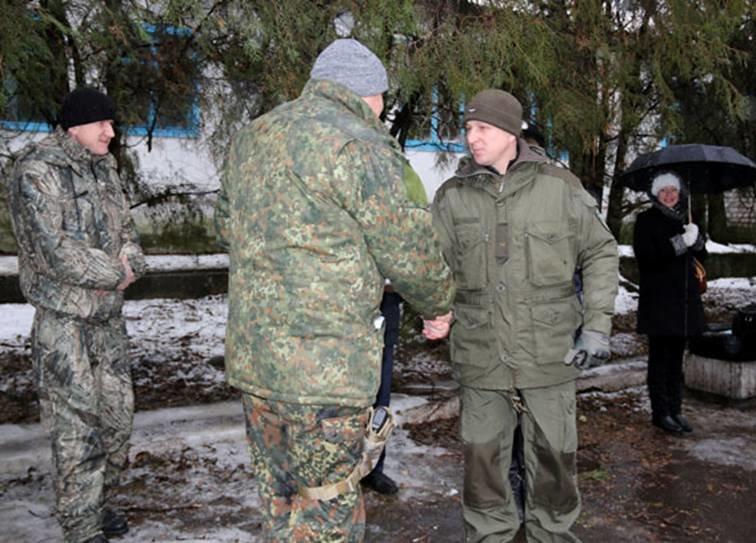 Найкращі львівські міліціонери, які повернулись з АТО, отримали годинники (ФОТОРЕПОРТАЖ) (фото) - фото 1