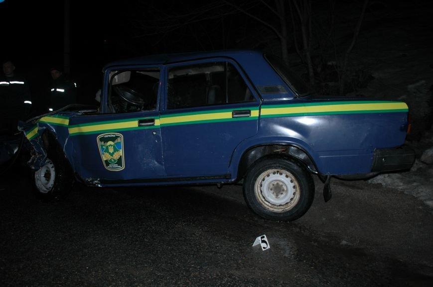 В Запорожье произошло серьезное ДТП с участием маршрутки и машины лесной охраны (ФОТО, ОБНОВЛЕНО), фото-1