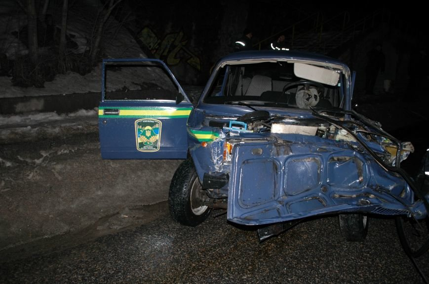 В Запорожье произошло серьезное ДТП с участием маршрутки и машины лесной охраны (ФОТО, ОБНОВЛЕНО), фото-7
