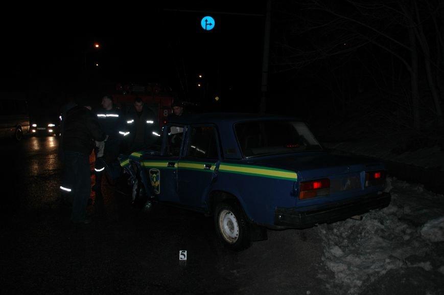 В Запорожье произошло серьезное ДТП с участием маршрутки и машины лесной охраны (ФОТО, ОБНОВЛЕНО), фото-5
