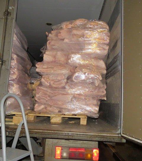 В Крым не пустили 9 тонн украинского сала (ФОТО) (фото) - фото 1