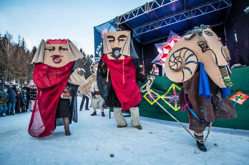 Під час фестивалю «Різдво в гаю» зібрали 57 тис. грн на реставрацію старовинних хат (ФОТОРЕПОРТАЖ) (фото) - фото 4
