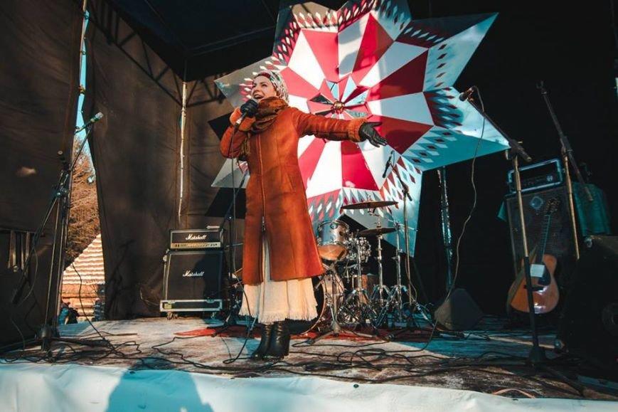 Під час фестивалю «Різдво в гаю» зібрали 57 тис. грн на реставрацію старовинних хат (ФОТОРЕПОРТАЖ) (фото) - фото 2