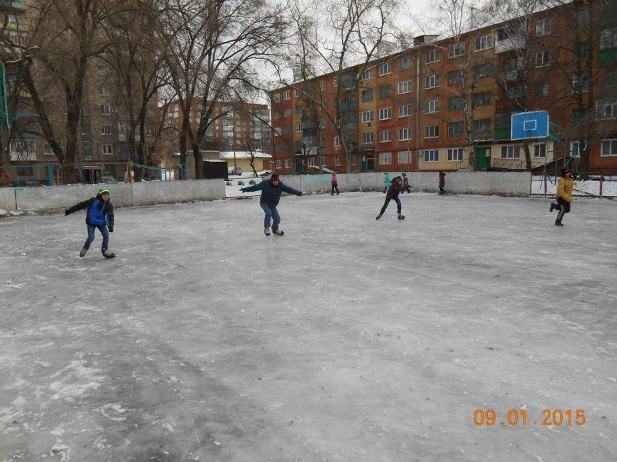В Красноармейске состоялись соревнования по конькобежному спорту «Олимпийская снежинка» (фото) - фото 1
