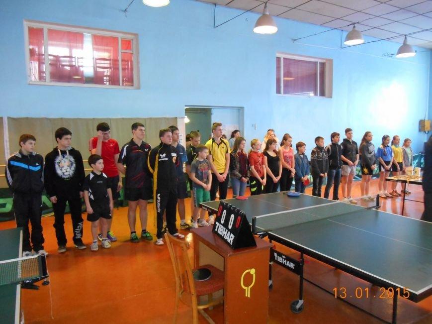 В Красноармейске прошли финальные игры 40-го Мемориала В.Шибанкова по настольному теннису (фото) - фото 3