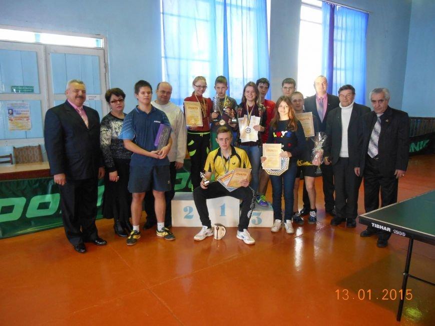 В Красноармейске прошли финальные игры 40-го Мемориала В.Шибанкова по настольному теннису (фото) - фото 2