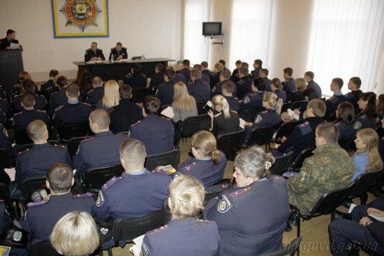 14_01_2014_Mariupol_Podvedenie itogov raboty v Zhovtnevom RO_4s